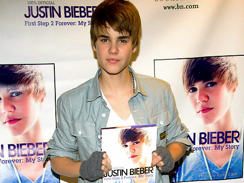 On Friday, Justin Bieber appeared at a New York Barnes & Noble to promote